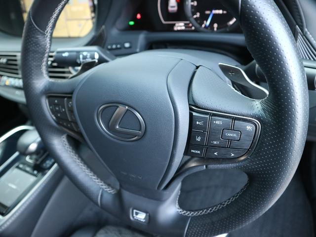 LS500 Fスポーツ 4WD ワンオーナー モデリスタエアロキット デジタルインナーミラー 寒冷地仕様 前後ドライブレコーダー サンルーフ エアロスタビライジングフィン(20枚目)