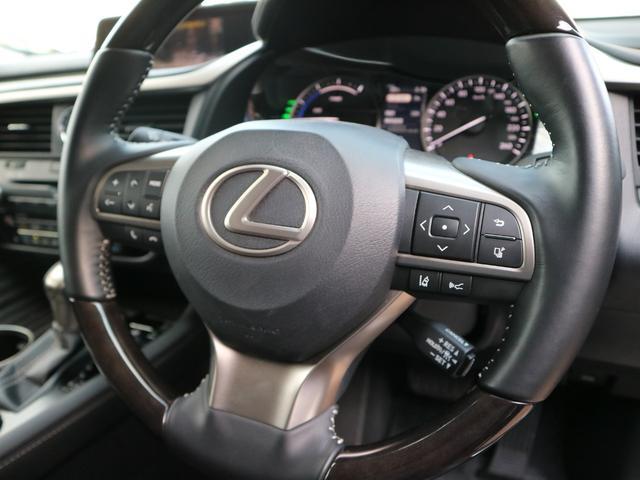 RX450hL 4WD リアエンターテインメント サンルーフ モデリスタフロントサイドエアロ ワンオーナー 三眼LEDヘッドライト パワーバックドア ステアリングヒーター(21枚目)