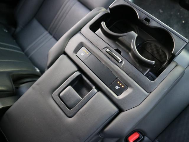 RX450hL 4WD リアエンターテインメント サンルーフ モデリスタフロントサイドエアロ ワンオーナー 三眼LEDヘッドライト パワーバックドア ステアリングヒーター(22枚目)