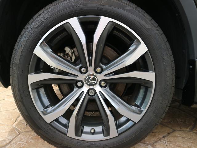 RX450hL 4WD リアエンターテインメント サンルーフ モデリスタフロントサイドエアロ ワンオーナー 三眼LEDヘッドライト パワーバックドア ステアリングヒーター(39枚目)