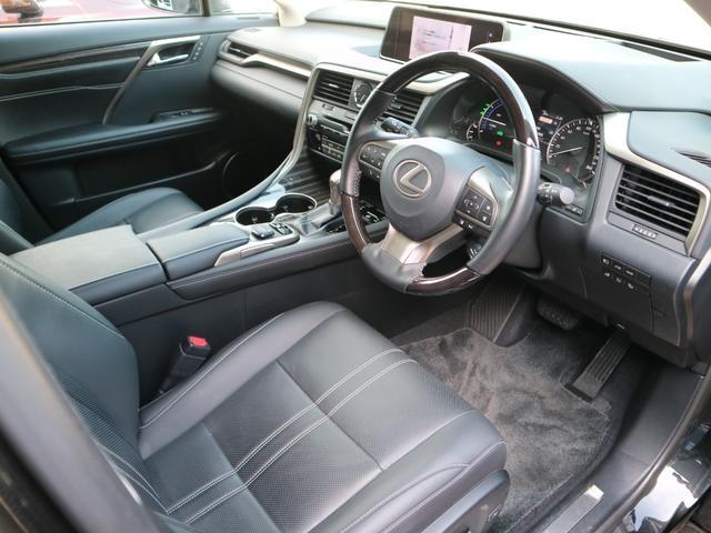 RX450hL 4WD リアエンターテインメント サンルーフ モデリスタフロントサイドエアロ ワンオーナー 三眼LEDヘッドライト パワーバックドア ステアリングヒーター(41枚目)