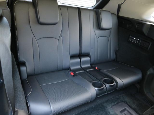RX450hL 4WD リアエンターテインメント サンルーフ モデリスタフロントサイドエアロ ワンオーナー 三眼LEDヘッドライト パワーバックドア ステアリングヒーター(44枚目)