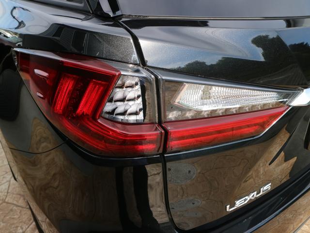RX450hL 4WD リアエンターテインメント サンルーフ モデリスタフロントサイドエアロ ワンオーナー 三眼LEDヘッドライト パワーバックドア ステアリングヒーター(69枚目)