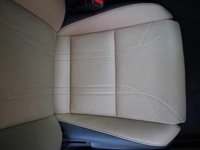 ES300h バージョンL 前後ドライブレコーダー パワートランク パノラミックビューモニター サンルーフ 三眼LEDヘッドライト AHS ヘッドアップディスプレイ 後席パワーシート 後席シートヒーター ステアリングヒーター(47枚目)