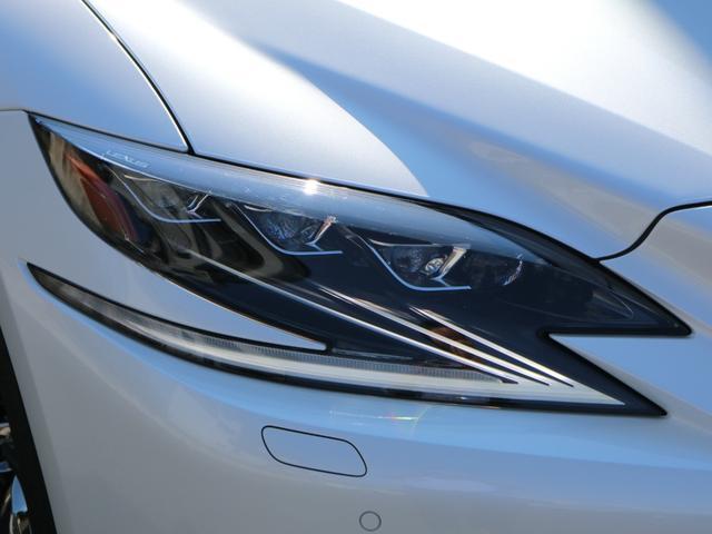 LS500h エグゼクティブ 4WD サンルーフ スパッタリング20インチAW マークレビンソン リアエンターテインメント ドライブレコーダー パワートランク パノラミックビューモニター HUD 三眼LEDヘッドライト AHS(25枚目)