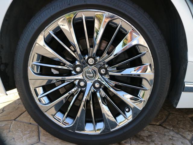 LS500h エグゼクティブ 4WD サンルーフ スパッタリング20インチAW マークレビンソン リアエンターテインメント ドライブレコーダー パワートランク パノラミックビューモニター HUD 三眼LEDヘッドライト AHS(26枚目)