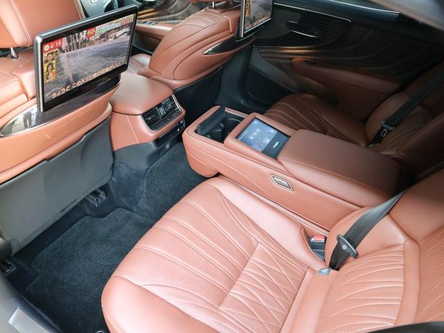 LS500h エグゼクティブ 4WD サンルーフ スパッタリング20インチAW マークレビンソン リアエンターテインメント ドライブレコーダー パワートランク パノラミックビューモニター HUD 三眼LEDヘッドライト AHS(46枚目)