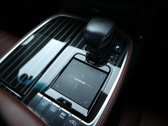 LS500h エグゼクティブ 4WD サンルーフ スパッタリング20インチAW マークレビンソン リアエンターテインメント ドライブレコーダー パワートランク パノラミックビューモニター HUD 三眼LEDヘッドライト AHS(62枚目)