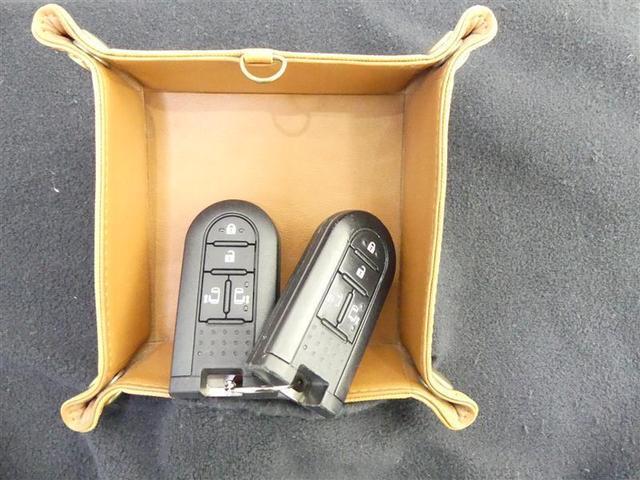 G 記録簿 LED クルコン キーレスエントリー メモリーナビ ETC アイドリングストップ CD イモビライザー フルフラット スマキー 両自動ドア 1オーナー Bカメ ナビTV ワンセグ/MM(19枚目)