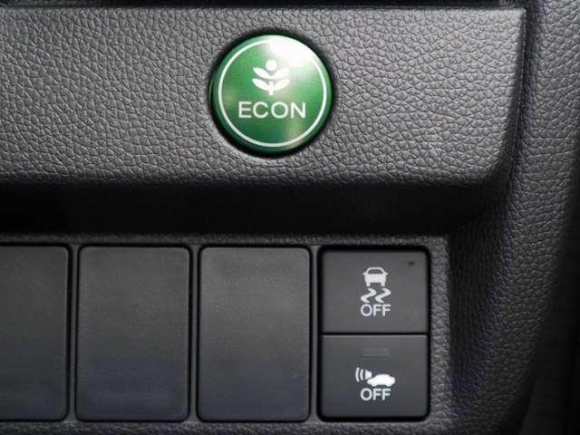 ホンダ フィットハイブリッド Fパッケージ 当社デモカー Mナビ Bカメラ LED ETC