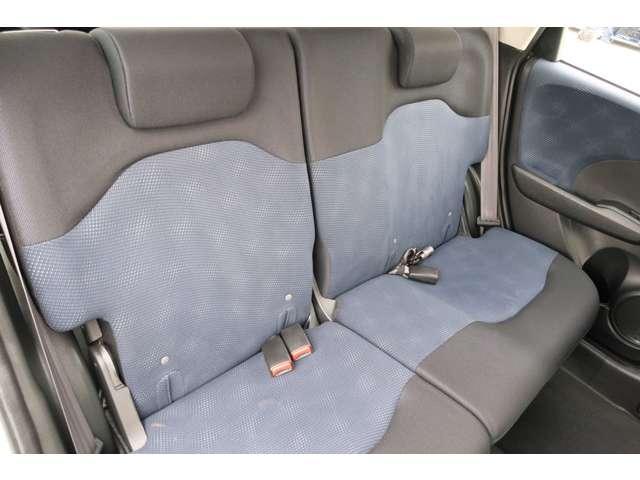 13G 認定中古車 メモリーナビ バックカメラ スマートキー ETC 盗難防止装置 横滑り防止装置 ワンオーナー車(14枚目)