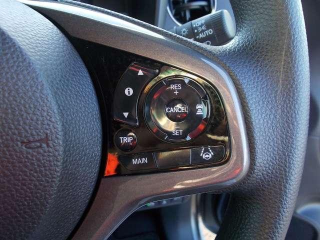 Lホンダセンシング 2年保証付 デモカー 衝突被害軽減ブレーキ サイド&カーテンエアバッグ ドライブレコーダー メモリーナビ フルセグTV Bカメラ シートヒーター LEDヘッドライト オートライト ワンオーナー車(11枚目)