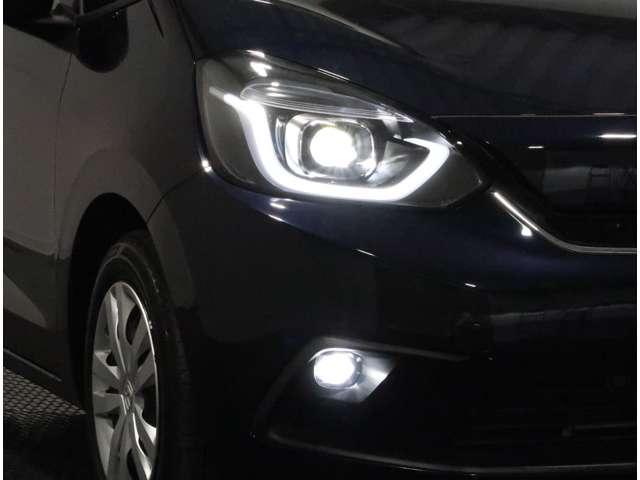 e:HEVホーム 2年保証付 デモカー 衝突被害軽減ブレーキ サイド&カーテンエアバッグ ワンオーナー車 メモリーナビ フルセグTV バックカメラ スマートキー ETC LEDヘッドライト オートライト(17枚目)