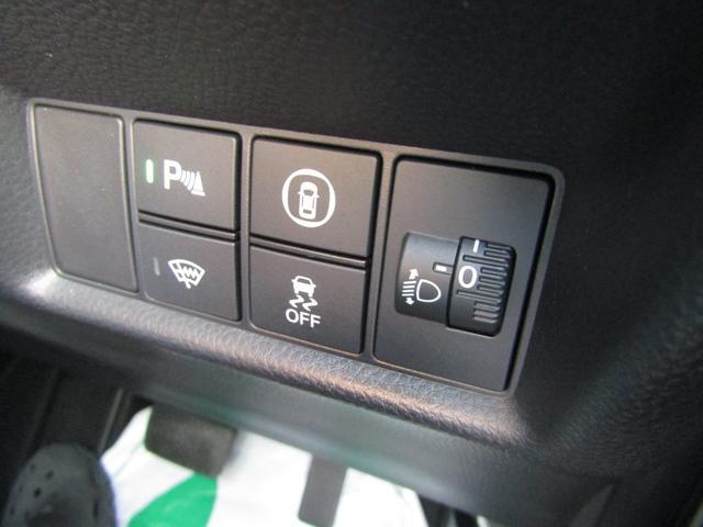 リュクス 純正ナビ 地デジ Bluetooth リヤカメラ 純正ドラレコ シートヒーター ステアリングヒーター(17枚目)