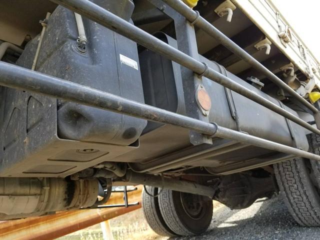 タダノ2.9t吊りクレーン平ボデー増トン車(8枚目)
