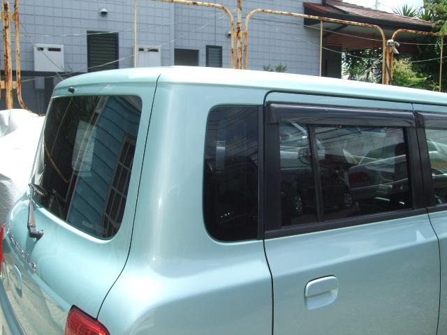 リヤウィンドゥはUVカットガラス装着車☆