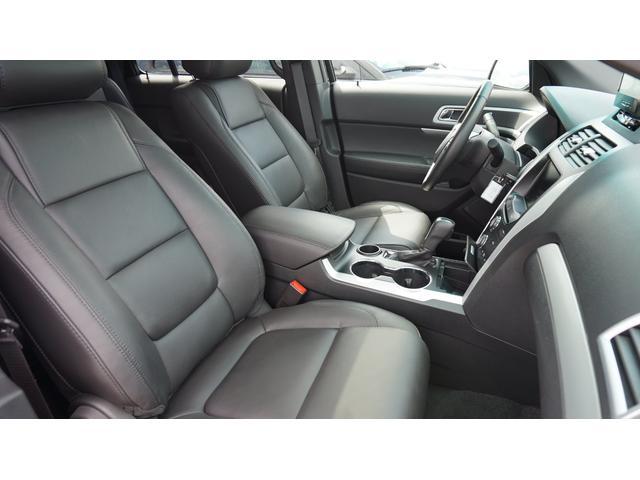 フォード フォード エクスプローラー XLT エコブースト エクスクルーシブ