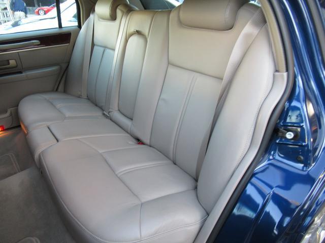 「リンカーン」「リンカーン タウンカー」「セダン」「埼玉県」の中古車15