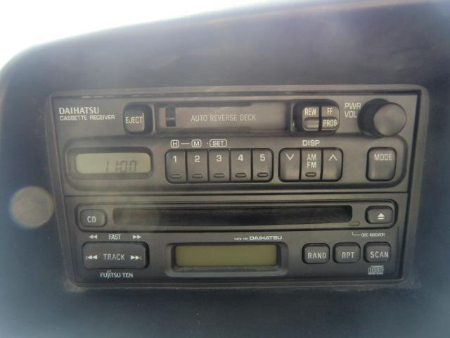 ダイハツ ハイゼットカーゴ エクストラ 5速マニュアル CD キーレス付き