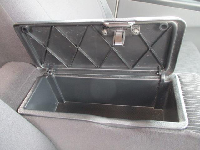 カスタムVセレクションターボ スマートキー ナビ地デジDVD オートエアコン左側パワースライドドア HIDライト ターボ ETC セキュリティ バイザー 禁煙車(27枚目)