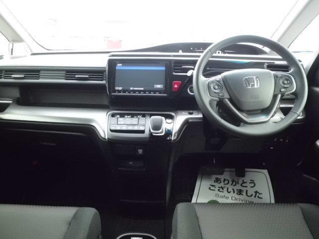 インパネ。ドライバー目線の画像です。視界確保されているので運転しやすいです。