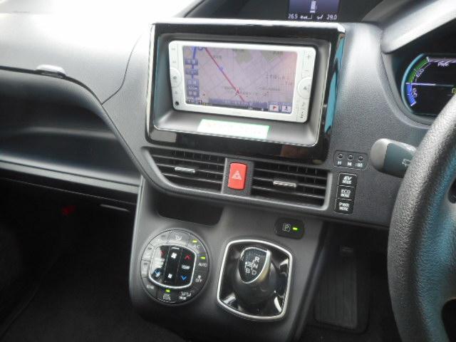 トヨタ ノア ハイブリッドX SDナビ両パワスラLEDヘッドライト
