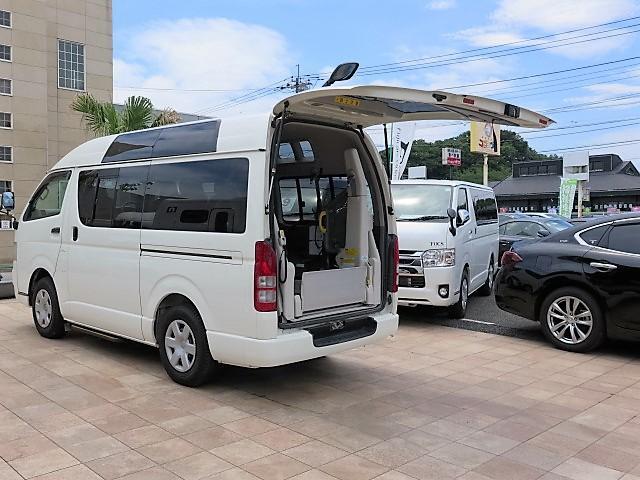 トヨタ ハイエースバン 福祉車輌 ウェルキャブ Bタイプ