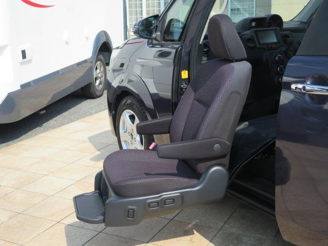 福祉車両 ウェルキャブ 助手席リフトアップシート(8枚目)