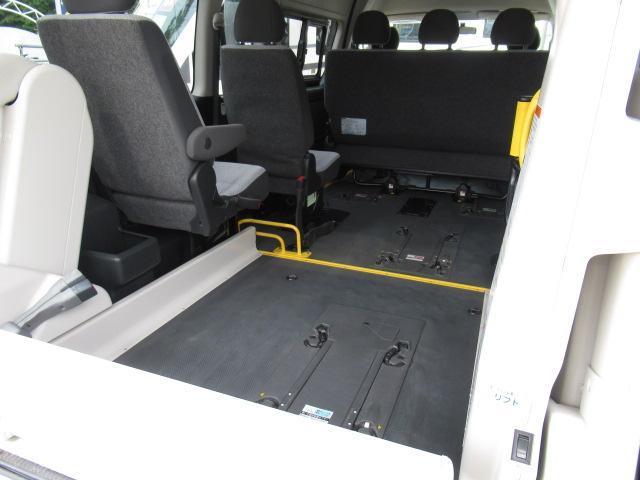 福祉車両 ウェルキャブ リアリフト 9人車いす4基固定 電動固定装置 電動ステップ SDナビ バックカメラ キーレス(39枚目)