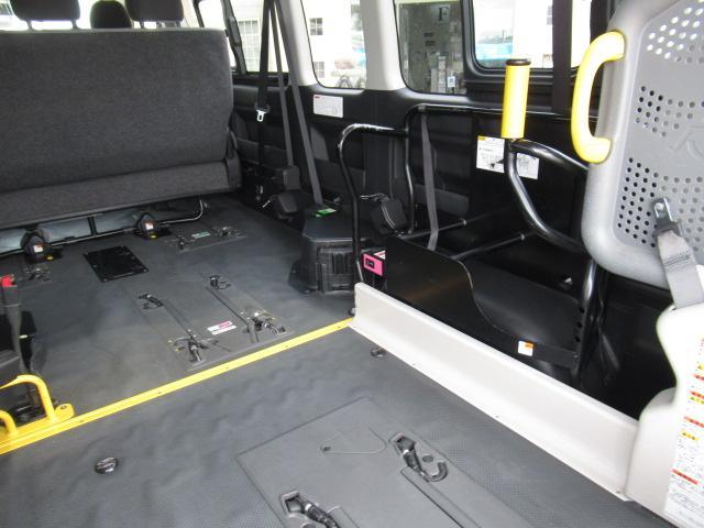 福祉車両 ウェルキャブ リアリフト 9人車いす4基固定 電動固定装置 電動ステップ SDナビ バックカメラ キーレス(40枚目)