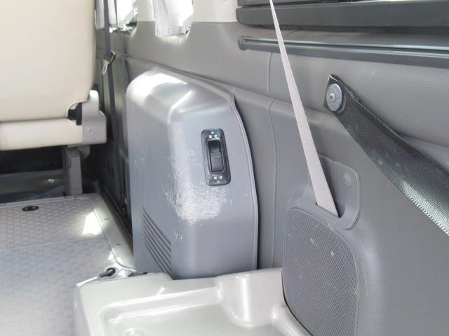 福祉車両 チェアキャブ M仕様 車いす2基(23枚目)