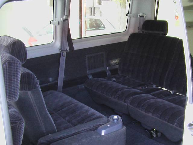 ホンダ ステップワゴン デラクシー キーレス ナビ 8人乗り回転シート