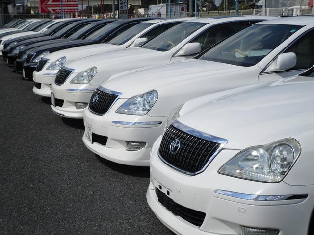 関東最大級マジェスタ専門店!憧れのマジェスタがずらり!車種専属スタッフがお出迎え!色々回る面倒が無く、その場でたくさんの車両を比較できます!グレードや装備の特徴など、ご自由にご覧になってください!