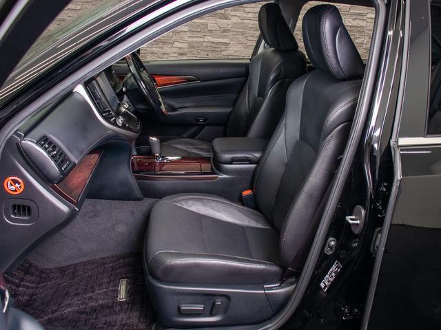 Fバージョン 後期型 禁煙車 黒本革 SDマルチ プリクラッシュセーフティ レーダークルーズコントロール BSM クリアランスソナー フルセグ Bluetooth エアシート 後席VIP(17枚目)