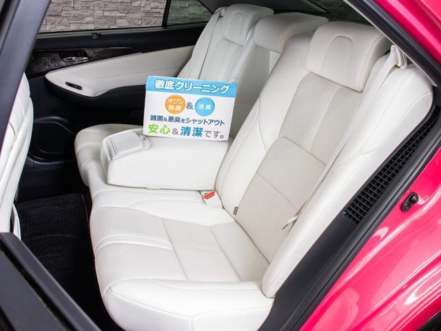 当社では、一般のクリーニングでは満足せず、オゾンO3を利用した、根本的な脱臭・消臭・除菌クリーニングを、展示車両全車に対し、行っております。