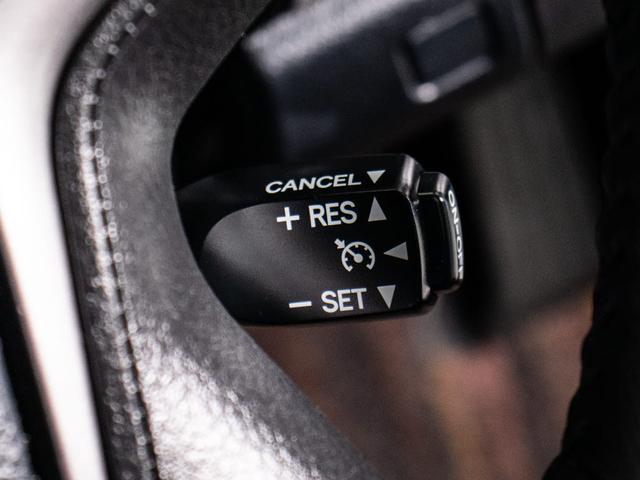 ロイヤルサルーンG 後期型・シートヒーター・プリクラッシュ・SDマルチ・フルセグTV・DVD再生・バックカメラ・スマートキー・プッシュスタート(5枚目)