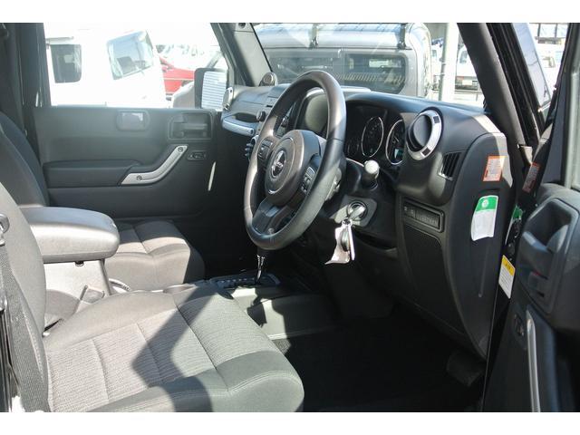 クライスラー・ジープ クライスラージープ ラングラー ルビコン コール・オブ・デューティ 30台限定 特別仕様車