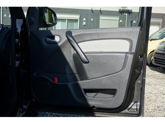 「ルノー」「 カングー」「ミニバン・ワンボックス」「千葉県」の中古車28
