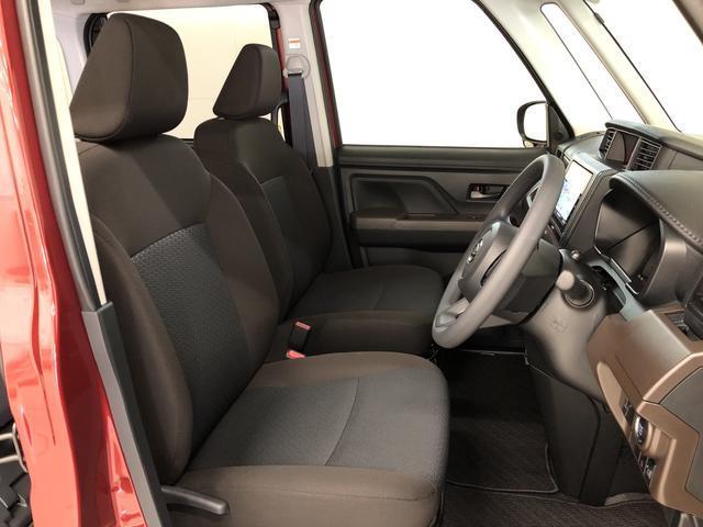 座り心地の良いフロントシート♪助手席へのウォークスルーも楽々です!