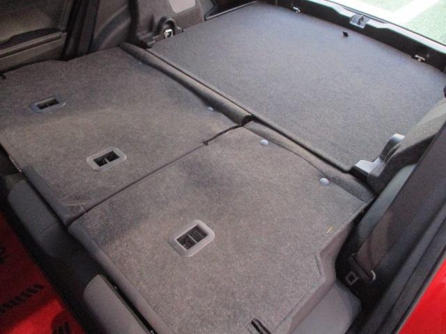 トヨタ オーリス 150X Sパッケージ  シャア専用9インチナビ