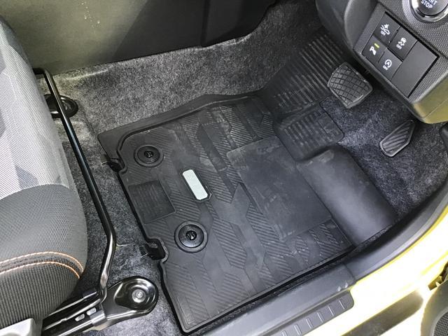 G LEDヘッドランプ フォグランプ 運転席/助手席シートヒーター UV&IRカットガラス 運転席シートリフター チルトステアリング コナーセンサー(前後) 電動パーキングブレーキ付き(13枚目)