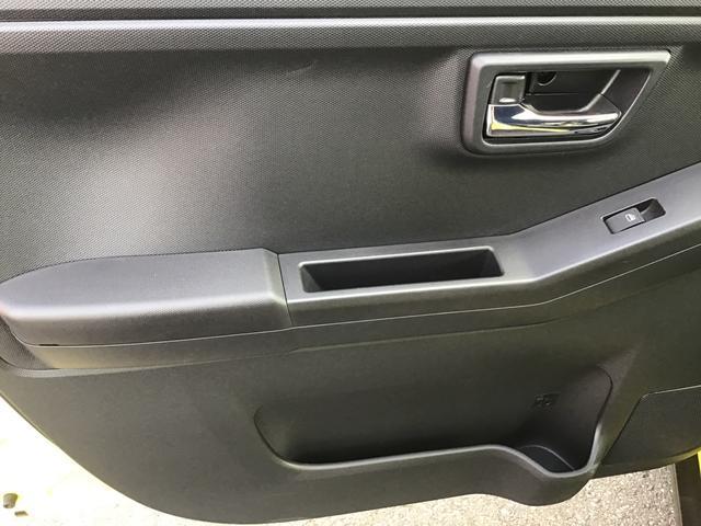G LEDヘッドランプ フォグランプ 運転席/助手席シートヒーター UV&IRカットガラス 運転席シートリフター チルトステアリング コナーセンサー(前後) 電動パーキングブレーキ付き(20枚目)