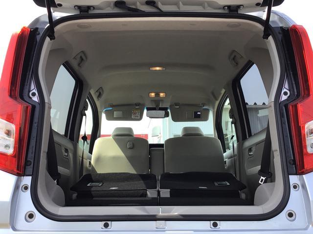 L SAIII キーレスエントリー エアコン パワステ ABS UVカットガラス 後席スモークガラス タコメーター ミラー付きサンバイザー ラゲージアンダーボックス セキュリティアラーム 付き(26枚目)