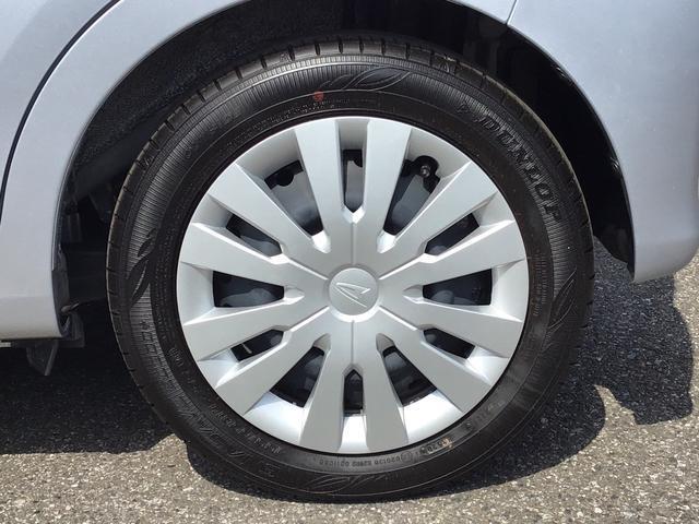L SAIII キーレスエントリー エアコン パワステ ABS UVカットガラス 後席スモークガラス タコメーター ミラー付きサンバイザー ラゲージアンダーボックス セキュリティアラーム 付き(30枚目)