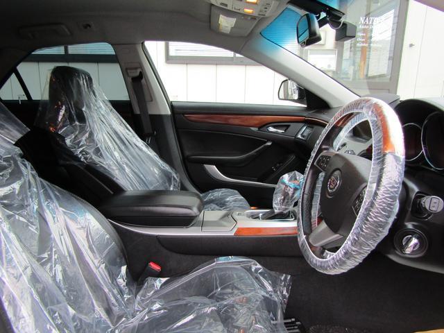 「キャデラック」「キャデラックCTSスポーツワゴン」「ステーションワゴン」「千葉県」の中古車13