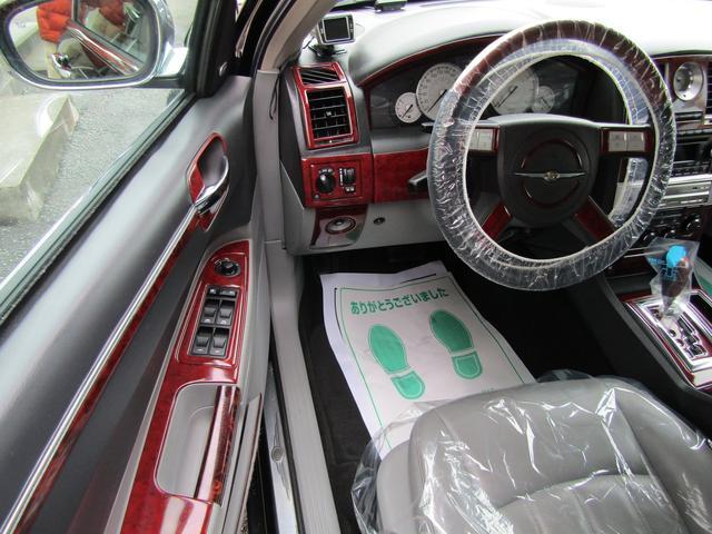 「クライスラー」「クライスラー300C」「セダン」「千葉県」の中古車66