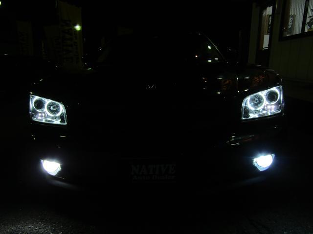 LEDエンジェルリング付ヘッドライト