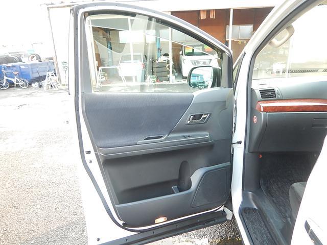 トヨタ ヴェルファイア 2.4Z プラチナムセレクション両側パワースライドドア