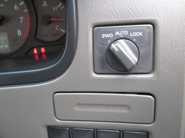 日産 エルグランド メモリアルセレクションDVD再生ナビフルセグツインTV4WD