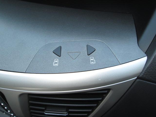 トヨタ ヴォクシー Z 煌 純正HDDナビ地デジBカメラ両側自動ドア黒革調シート